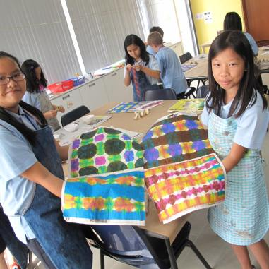 Itajime Paper Dyeing: Grade 5